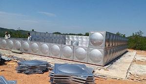 定制赣州不锈钢水箱时要注意哪些地方?