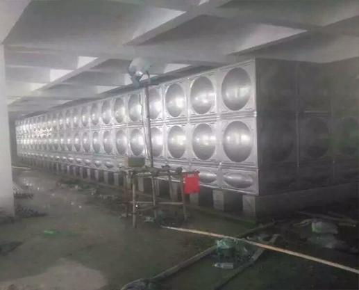 兴国不锈钢保温水箱厂家